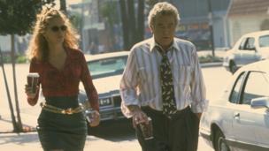 Finney with Julia Roberts in Erin Brockovich