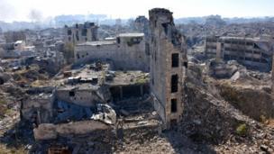 الدمار في حي قسطل الحرامي في حلب.