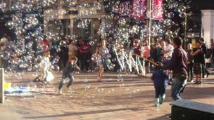 Bubbles in Glasgow's Buchanan Street