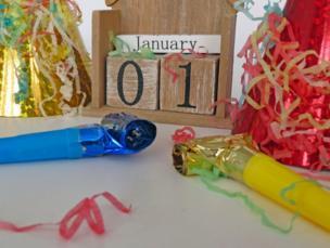 Calendar and streamers