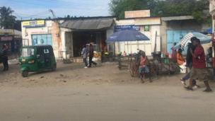 Shughuli zinaendelea kama kawaida katika mtaa wa Kawe, hakuna kilichobadilika