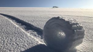 'Rolos de neve'