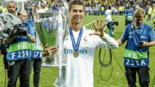 Ronaldo dauke da kofin zakarun Turai
