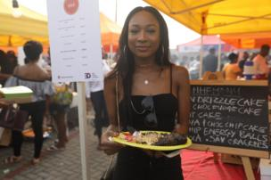 Slay queens turn up to chop better food