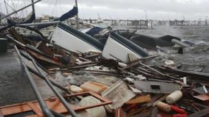 فلوریڈا، الاباما، جورجیا اور شمالی کیرولینا میں ہنگامی حالات نافذ ہیں جبکہ سکول اور سرکاری دفاتر بند ہیں۔