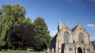 Eglwys y Santes Fair, Y Fenni