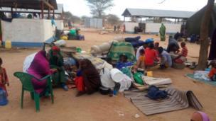 Kenya ayaa dhowaantan go'aan satay inay xireyso xeryaha qaxootiga ee Dhadhaab