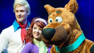 Cast of Scooby-Doo Live!