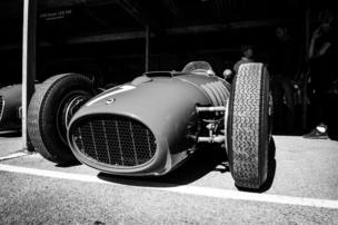 in_pictures Racing car