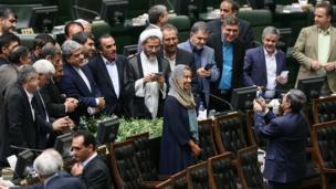 مقام های ایرانی با فدریکا موگرینی، رئیس روابط خارجی اتحادیه اروپا عکس یادگاری میگیرند