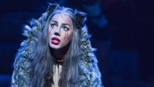 Leona Lewis as Grizabellla