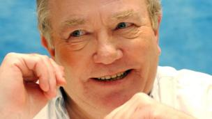 Albert Finney, 2003