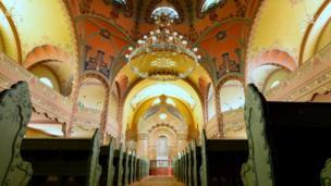 Unutrašnjost obnovljene sinagoge, mart 2018.