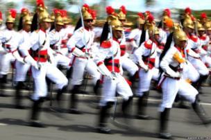राष्ट्रपति गार्ड के सैनिक.