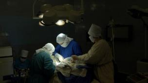 An operation to treat thyroid cancer at the Institute of Endocrinology in Kiev on 5 April 2004
