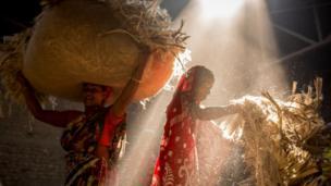 জুটমিলেও আছে নারী শ্রমিকের উপস্থিতি