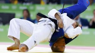 Judoca argentina Paula Pareto en su disputa con Bokyeong Jeong, de Corea del Sur
