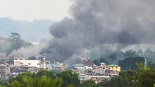 ภาพควันไฟในเมืองมาราวี