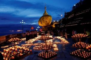 زائران بودایی