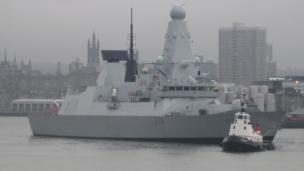 HMS Diamond in Aberdeen harbour