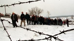 جنازة لألبان في كوسوفو