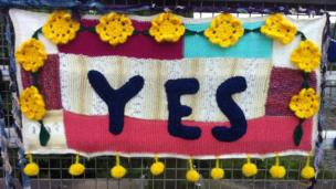 YES yarnbomb