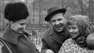 Oleq, Aleksandra və Olqa