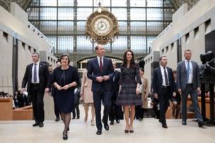 剑桥公爵夫妇参观巴黎奥赛博物馆