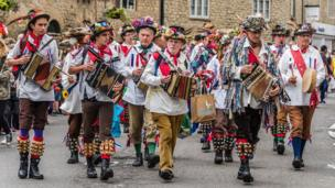 Morris Dancers at Eynsham Carnival