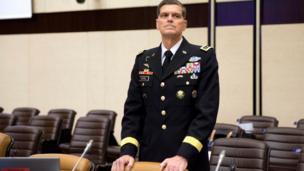 امریکی سینٹرل کمانڈ کے کمانڈر جنرل جوزف ایل ووٹل نے پاکستان کی بّری فوج کے سربراہ جنرل جنرل قمر جاوید باجوہ کو بتایا ہے کہ امریکہ پاکستان میں کسی قسم کا یکطرفہ کارروائی کے بارے میں نہیں سوچ رہا۔