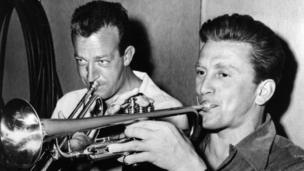 Kirk Douglas with trumpeter Harry James in 1950