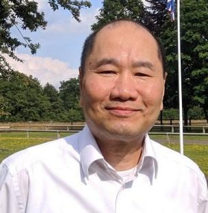 Peter-Lê Ngọc: ''Đằng sau những con số tăng trưởng GDP lành mạnh là một xã hội trống rỗng trong đó cả người giầu lẫn kẻ nghèo, có học thức và ít học, tất cả đều tìm cách đi khỏi.''