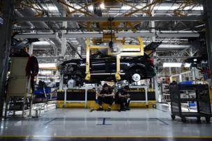 รัฐบาลสนับสนุนให้คนในประเทศหันมาใช้รถยนต์พลังงานทางเลือกกันมากขึ้น
