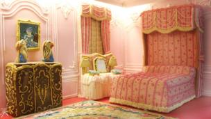 The State bedroom