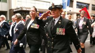 Servicemen make their way down Elizabeth Street during the ANZAC Day parade in Sydney, Australia (25 April 2018)