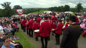bands and spectators in Scarva, Craigavon, 13 July 2017