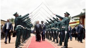 Soldiers dey do parade for President Paul Biya