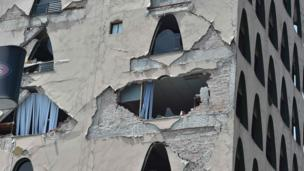 Edifício danificado pelo tremor na Cidade do México