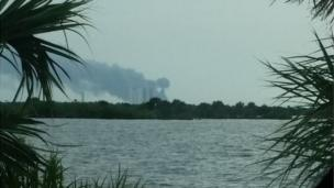 Long view of the explosion of a Falcon 9 on Thursday 1 September