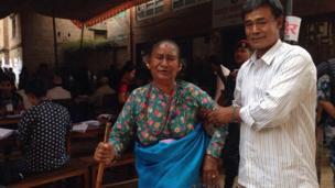भक्तपुरका मतदाता फोटो: मतिना त्वानाबासु