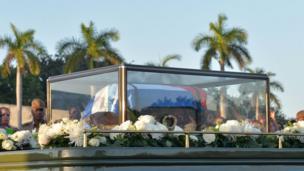 مراسم بزرگداشت فیدل کاسترو رهبر پیشین کوبا در مراسمی چهار روزه در سراسر هاوانا برگزار میشود