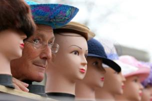 in_pictures Mannequins and a man's face