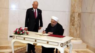 حسن روحانی، رییس جمهوری ایران و نجیب رزاق، نخست وزیر مالزی