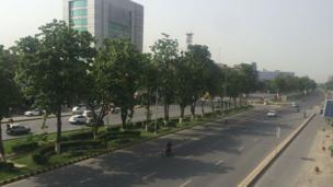 لاہور کی سڑکیں ویران