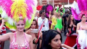 விருந்தினர்களை மகிழ்விக்க நடந்த பலதரப்பட்ட நிகழ்ச்சிகளில் பிரேசில் நாட்டு சம்பா நடனமும் ஒன்று