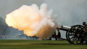 Artillery personnel firing salute in Hyde Park