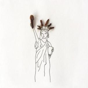 Estatua de la Libertad con clavos