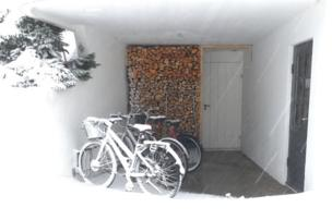 in_pictures Snowy garage