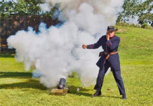 مدفع قديم يعود إلى وقت الحرب الأهلية الامريكية