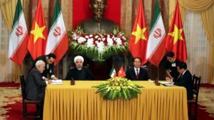 امضای اسناد همکاری و نشست خبری مشترک با رییس جمهور ویتنام